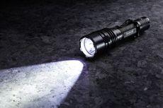 Maxenon General taktische Starklicht- Lampe 1050 Lumen